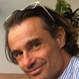 Bio Daniel pour Compagnons IFAI.docx - GoogleDocs 2021-05-10 at 10.13.51 AM